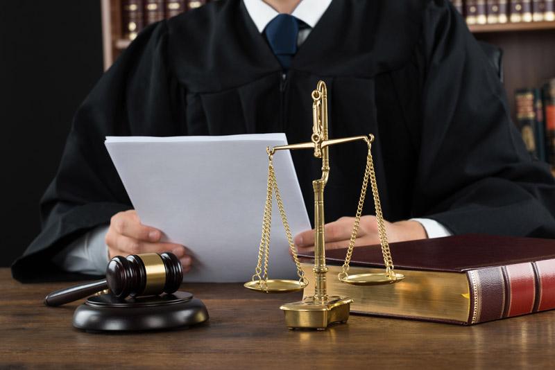 L'avocat en droit des affaires : ses qualités et ses différents services