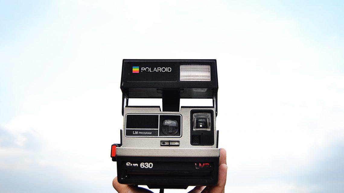 Quels sont les avantages d'un appareil polaroid ?