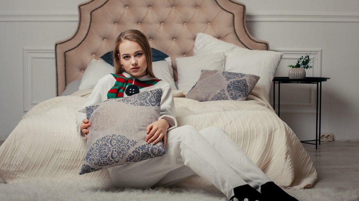La combinaison pyjama femme, un must-have pour votre garde-robe